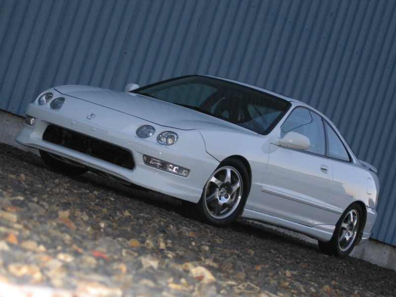 whats the difference between the 94-97 integra from the 98-01 ...